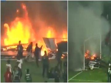 Hinchas destrozando el estadio tras la derrota del Persebaya, en Indonesia