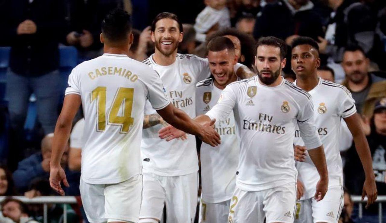 Real Madrid - Galatasaray: Los jugadores del Real Madrid celebran un gol en el Bernabéu | Champions League