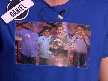 'Los Chapas' le hacen un homenaje a 'Los Lobos' con sus camisetas en '¡Boom!'