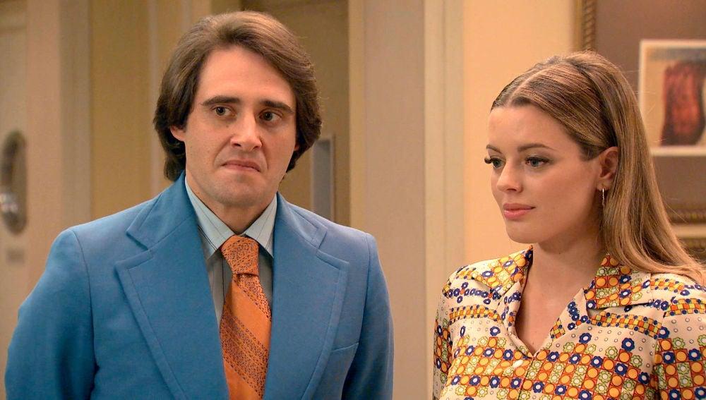 Jacobo trata de aparentar normalidad ante Luis y Lourdes
