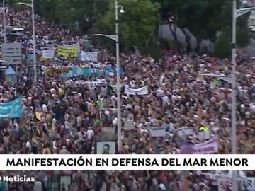 El Mar Menor agoniza: los ciudadanos salen a la calle para pedir medidas urgentes