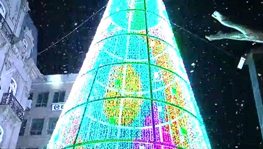 Madrid y Vigo se retan a conseguir las mejores luces de navidad