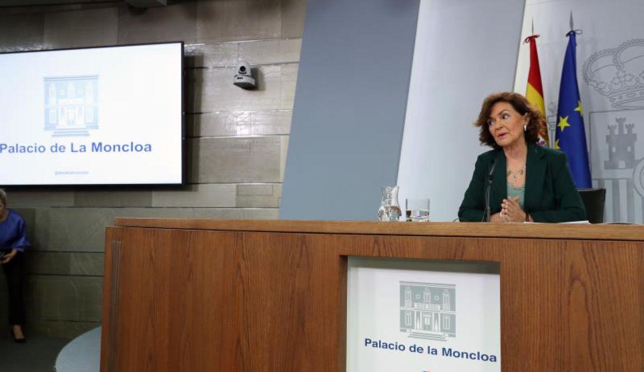 La vicepresidenta del Gobierno en funciones, Carmen Calvo, tras el Consejo de Ministros