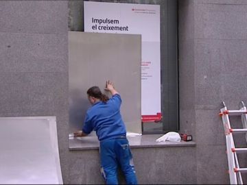 Blindaje para los escaparates en el centro de Barcelona