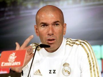 Zidane, ante los medios de comunicación