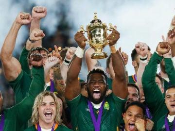 Los sudafricanos levantan su tercer Mundial