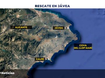 Intentan rescatar a 20 personas atrapadas en una cueva marina en Jávea, en alicante