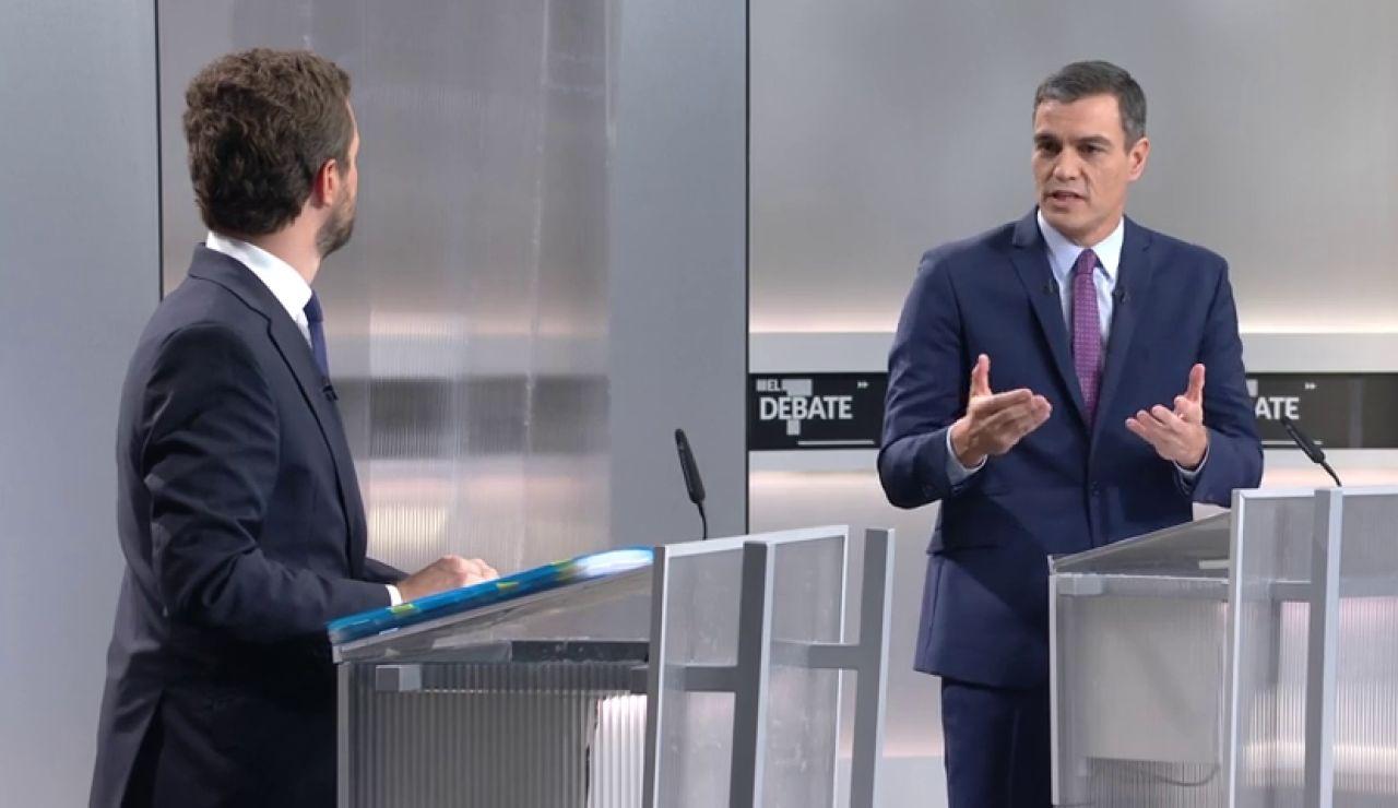 Sánchez evita definir a Cataluña como una nación en un rifirrafe con Casado