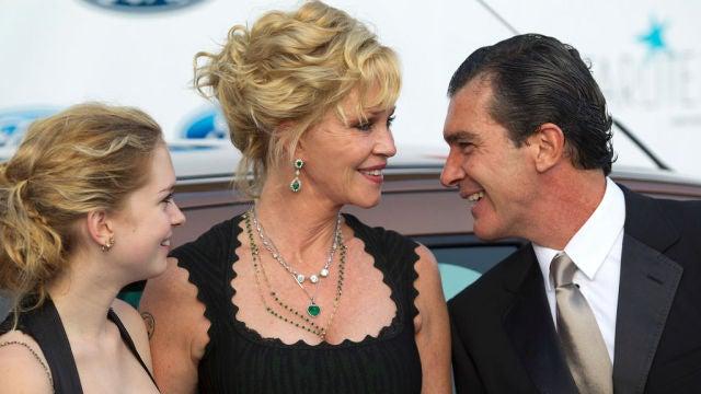 Stella del Carmen junto a Melanie Griffith y Antonio Banderas