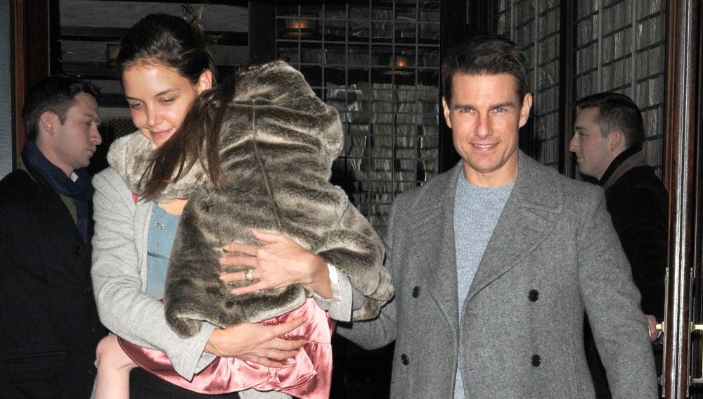 Katie Holmes y Tom Cruise con su hija Suri