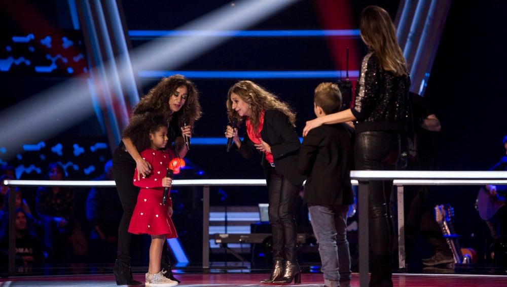 Rosario y Lolita Flores cantan 'Te quiero vida mía' con Yolaini Viñas en las Batallas de 'La Voz Kids'