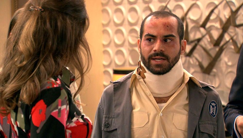 Luis regresa al hotel