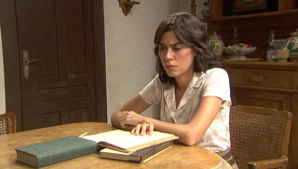 'El secreto de Puente Viejo': La soledad invade a Alicia tras el rechazo definitivo de Matías