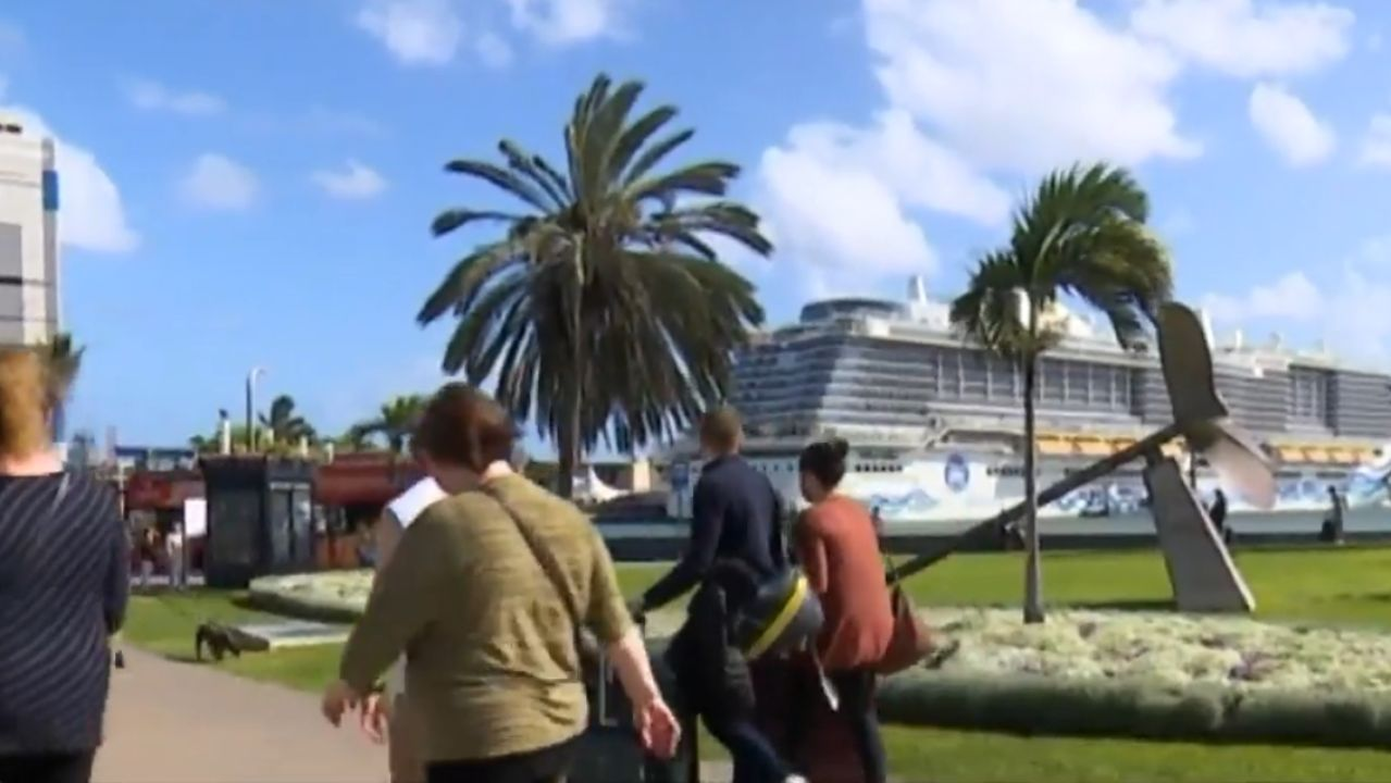 Las Palmas es uno de los principales destinos de cruceros en Europa - Antena 3 Noticias