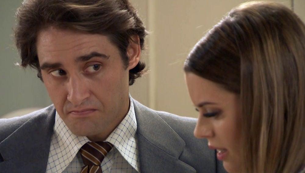 Lourdes descubre una inquietante pista sobre el pasado de Luis en objeto muy cercano a ella