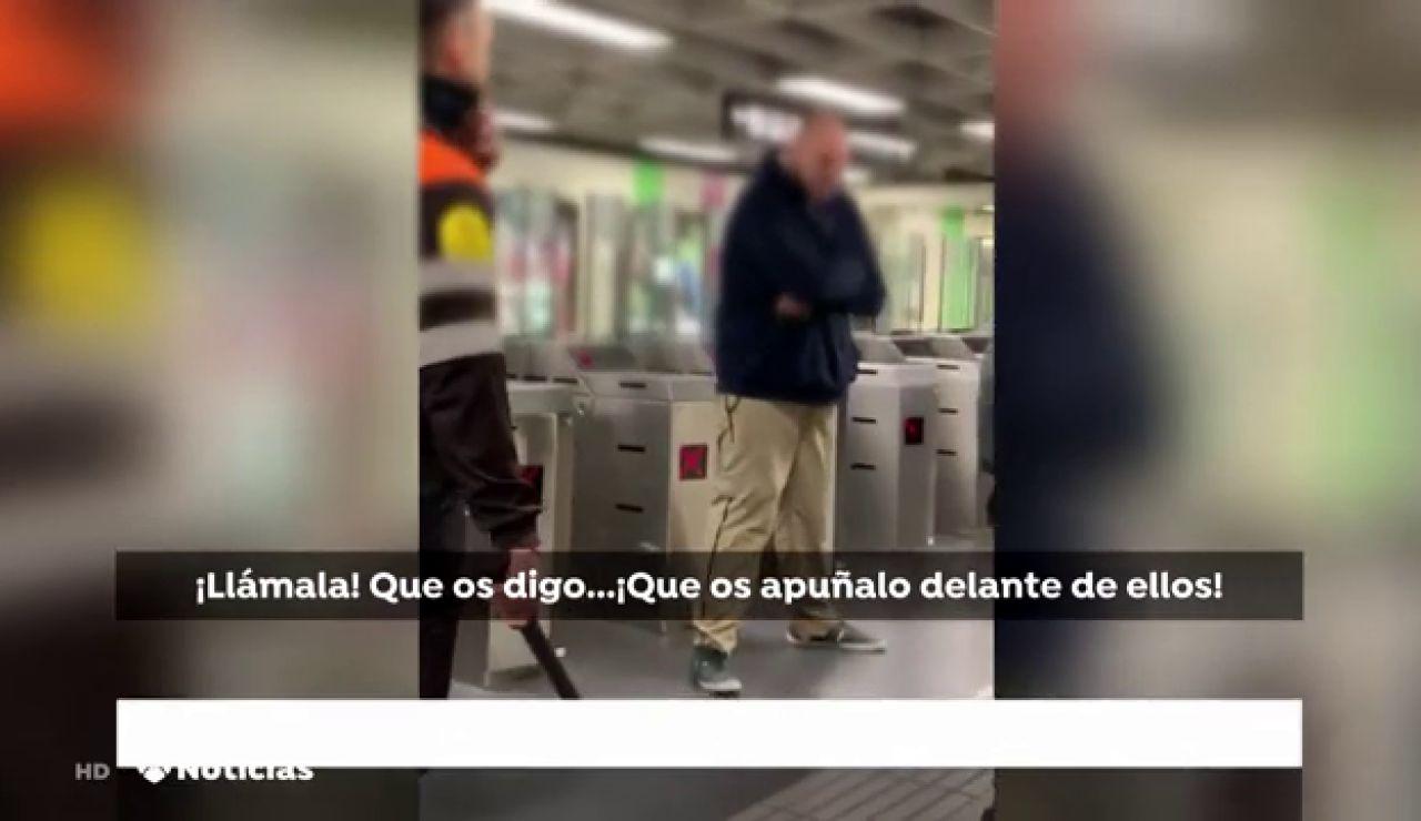 Apuñalan a un vigilante en el metro de Barcelona