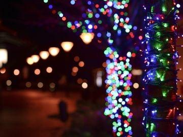 Marbella destinará parte del dinero de las luces de Navidad a apoyar a los comercios locales 2