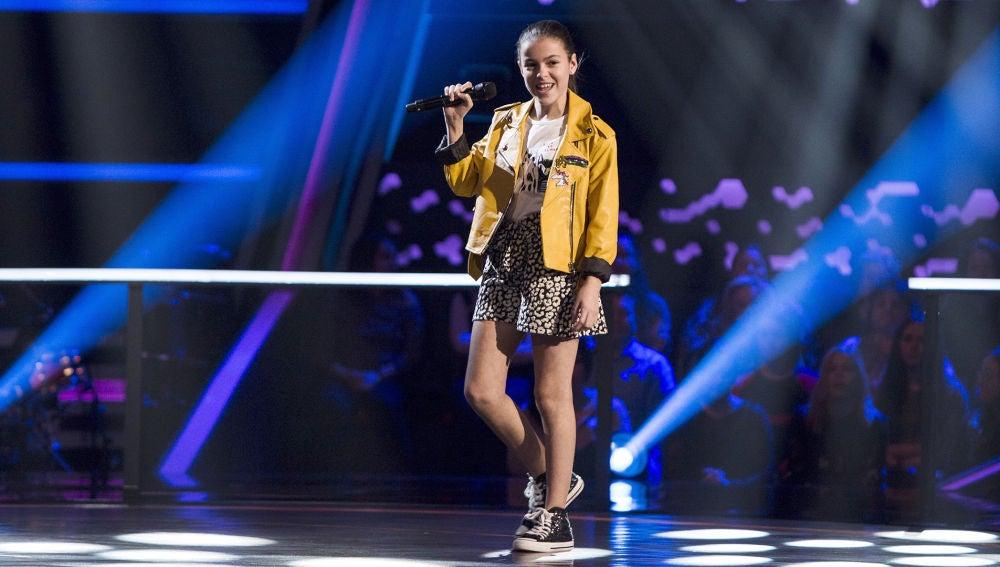 Actuación Marta Berlín 'Ex's and oh's' en los Asaltos de 'La Voz Kids'