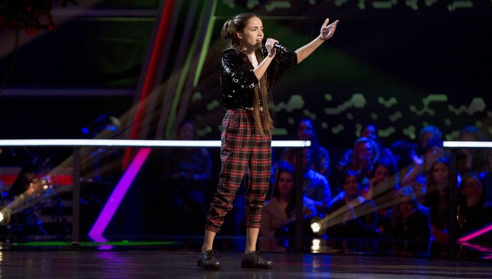 Actuación Sara Gálvez 'Toda una vida' en los Asaltos de 'La Voz Kids'