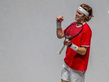 Andréi Rublev celebra su victoria ante Roberto Bautista