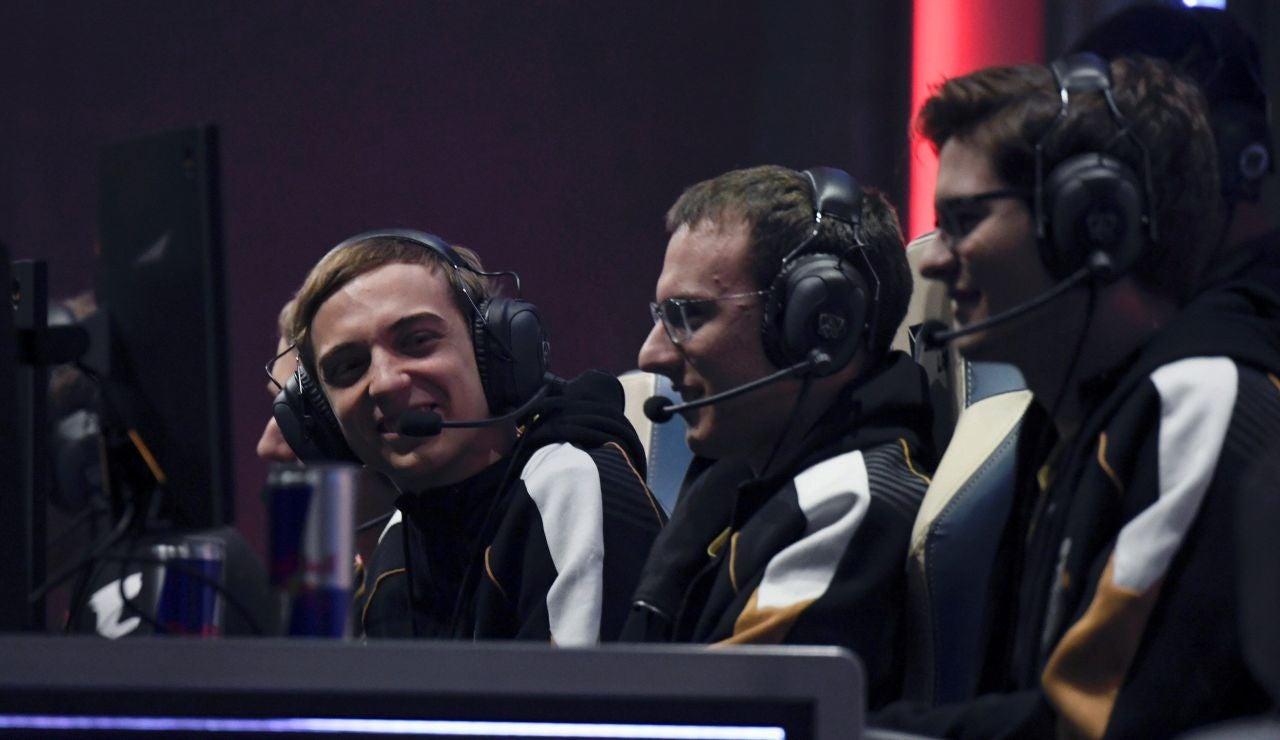 Los jugadores del equipo G2 ESports en una competición