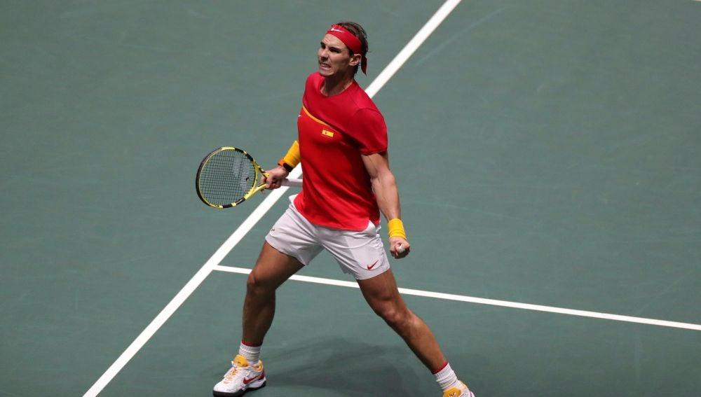 Rafa Nadal celebra un punto con España en la Copa Davis