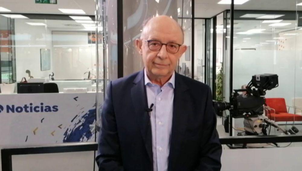 """Cristóbal Montoro: """"La economía española está viviendo el crecimiento más sano de su historia"""""""