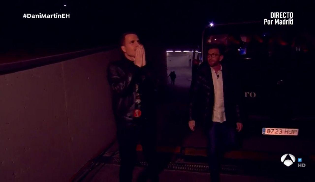 La reacción de Dani Martín a la sorpresa de 'El Hormiguero 3.0' en el Wanda Metropolitano con Koke