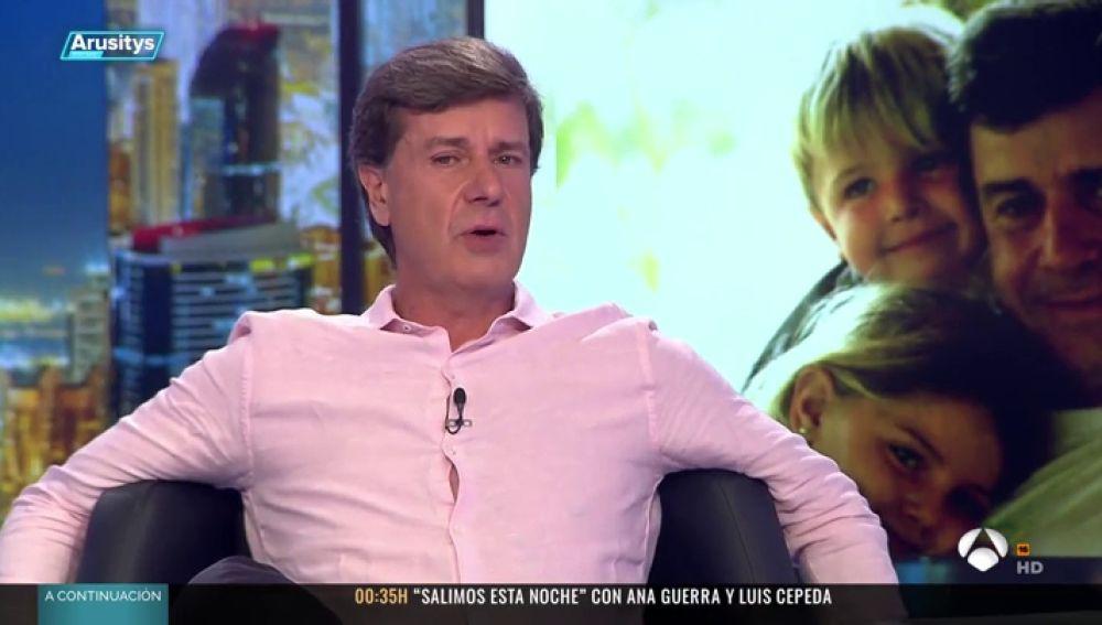 Cayetano Martínez de Orujo confiesa a Alfonso Arús si volvería ser padre
