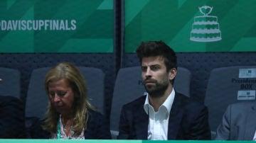Gerard Piqué, presenciando un partido de la Copa Davis