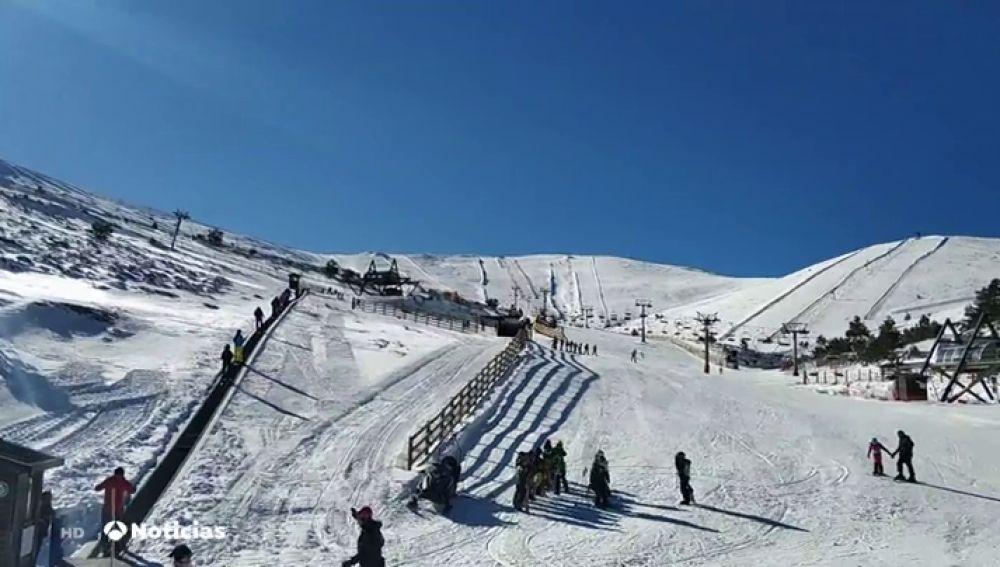 Los consejos para evitar accidentes al practicar el deporte del esquí