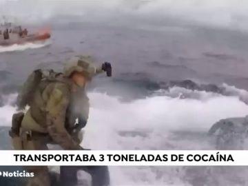 Interceptan un submarino con 3.000 kilos de cocaína en las costas gallegas