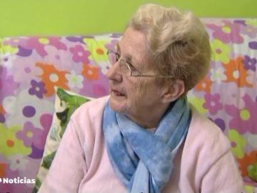 'Crowdfunding' para ayudar a una anciana a la que robaron 1200 euros en La Línea
