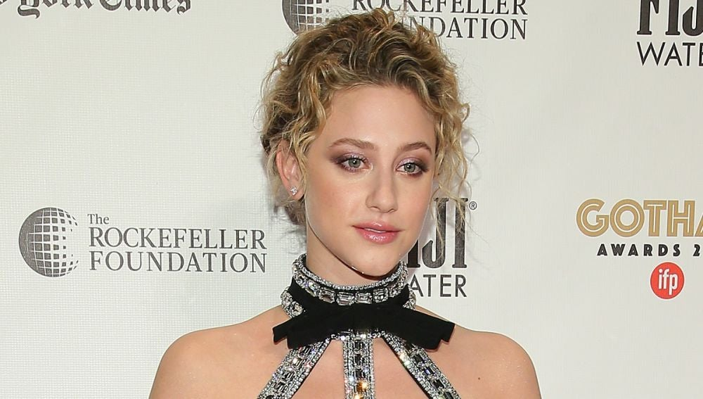Lili Reinhart en los Gotham Awards