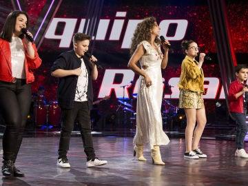Rosario Flores canta 'Se me olvidó quererte' con su equipo en la Semifinal de 'La Voz Kids'