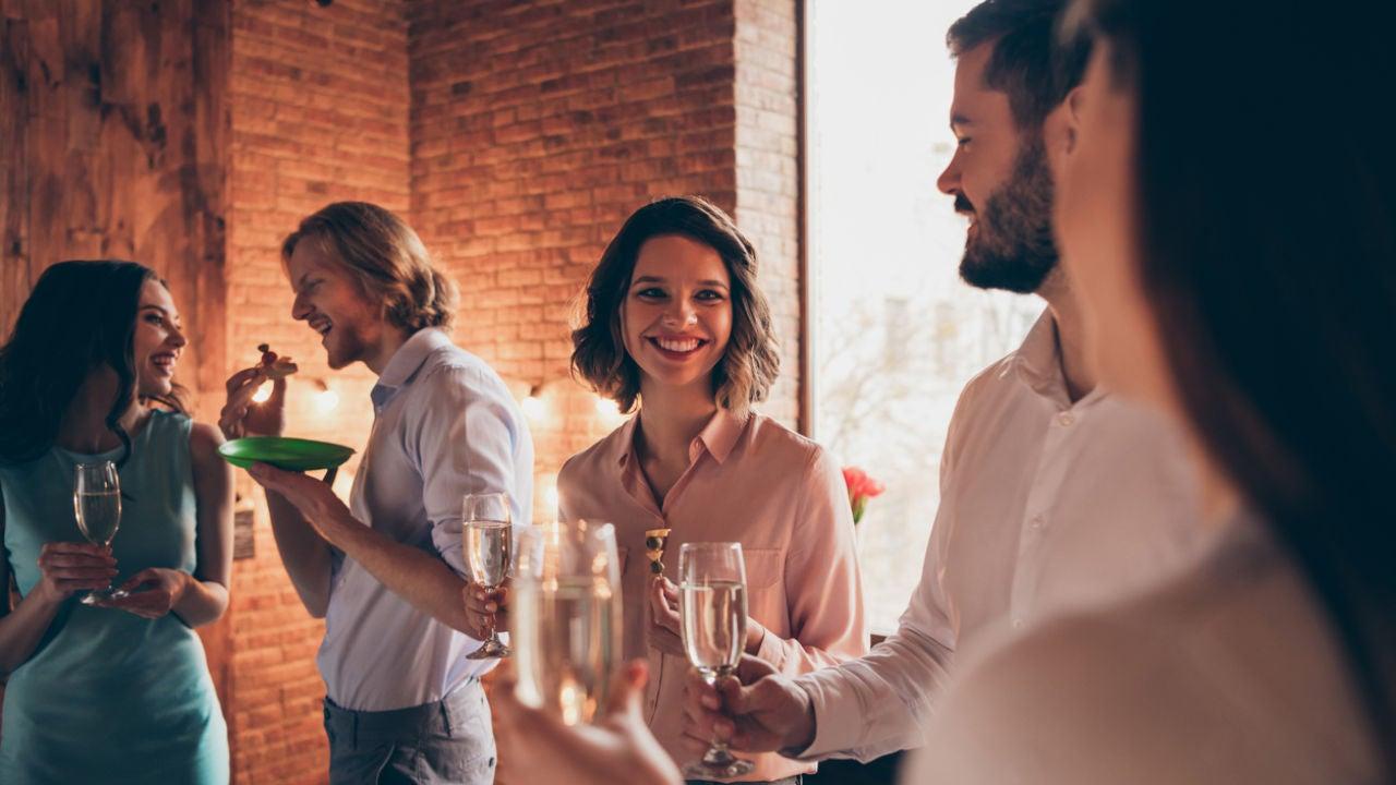Cómo Declinar Ir A La Cena De Empresa Y Quedar Bien