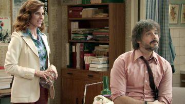 Avance 'Amar es para siempre': Julia vuelve a trabajar en el despacho con Guillermo