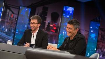 Alejandro Sanz confiesa a Pablo Motos si se hubiera dado la vuelta en 'La Voz' al escucharse hace 20 años