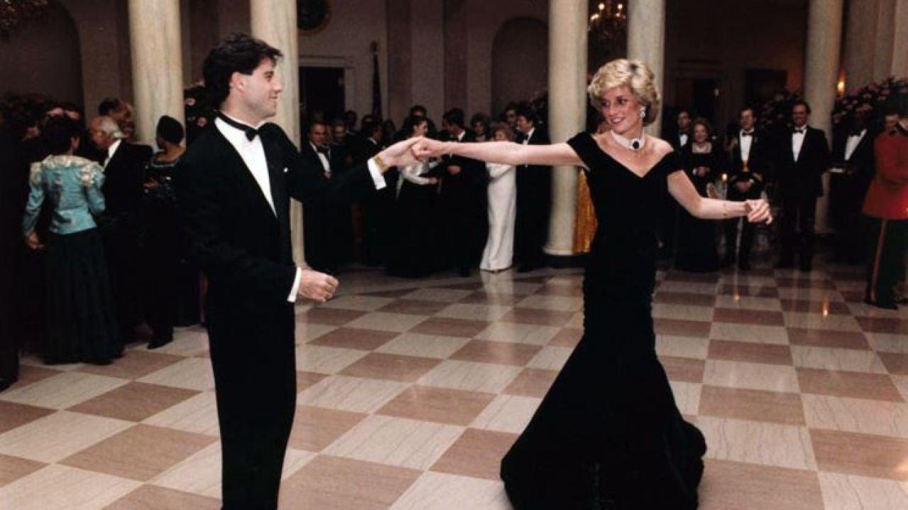 Sale A Subasta El Vestido Con El Que Lady Di Bailó Junto A