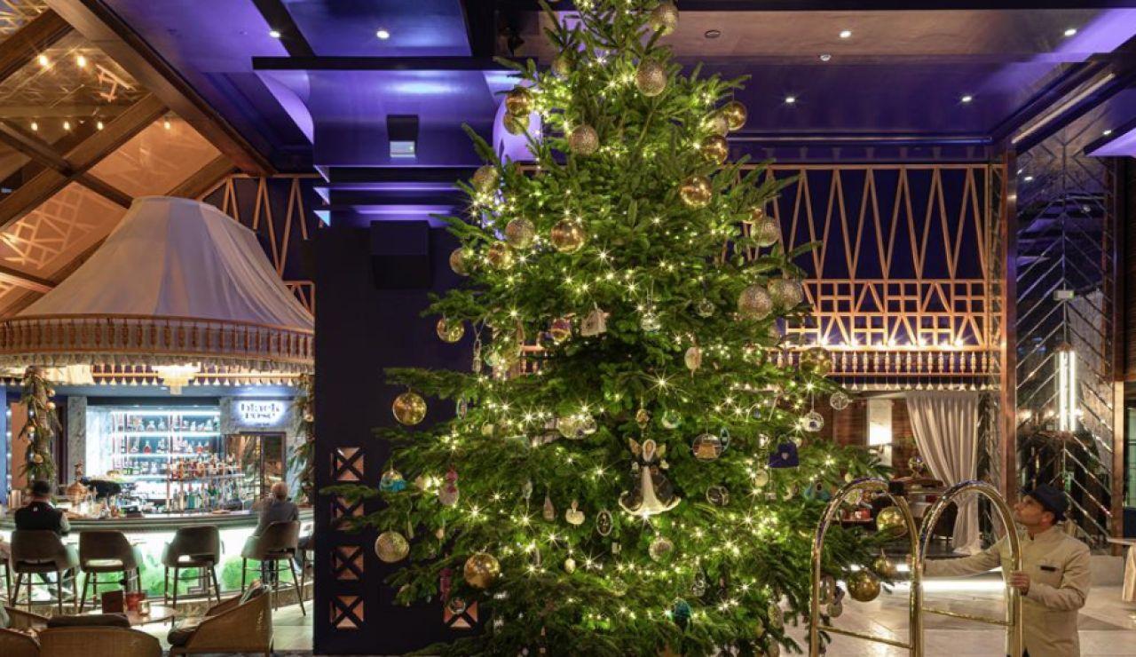 Este es el árbol de Navidad más caro del mundo y se encuentra en Estepona