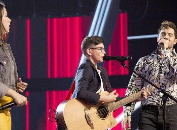 Una versión inédita de 'Dígale' en las voces de David Bisbal, María Expósito y Salvador Bermúdez en la Semifinal de 'La Voz Kids'