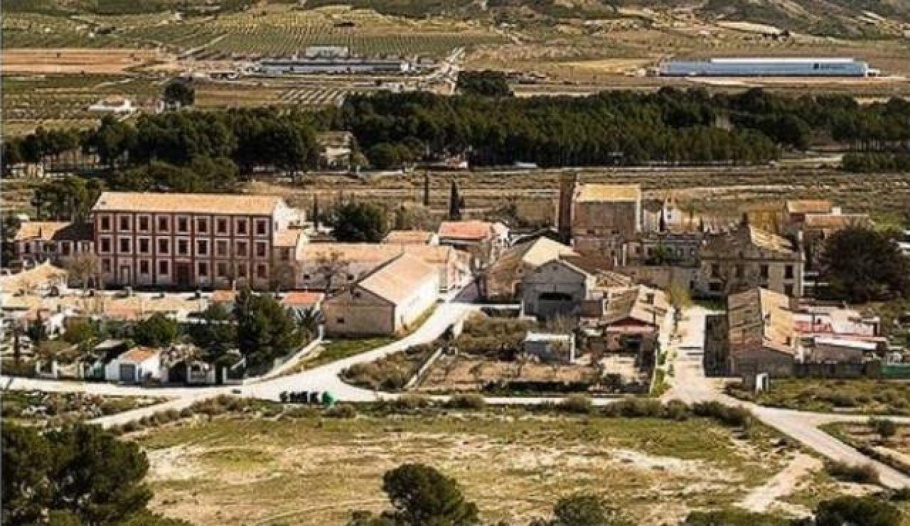 Ponen a la venta Colonia Santa Eulalia en wallapop