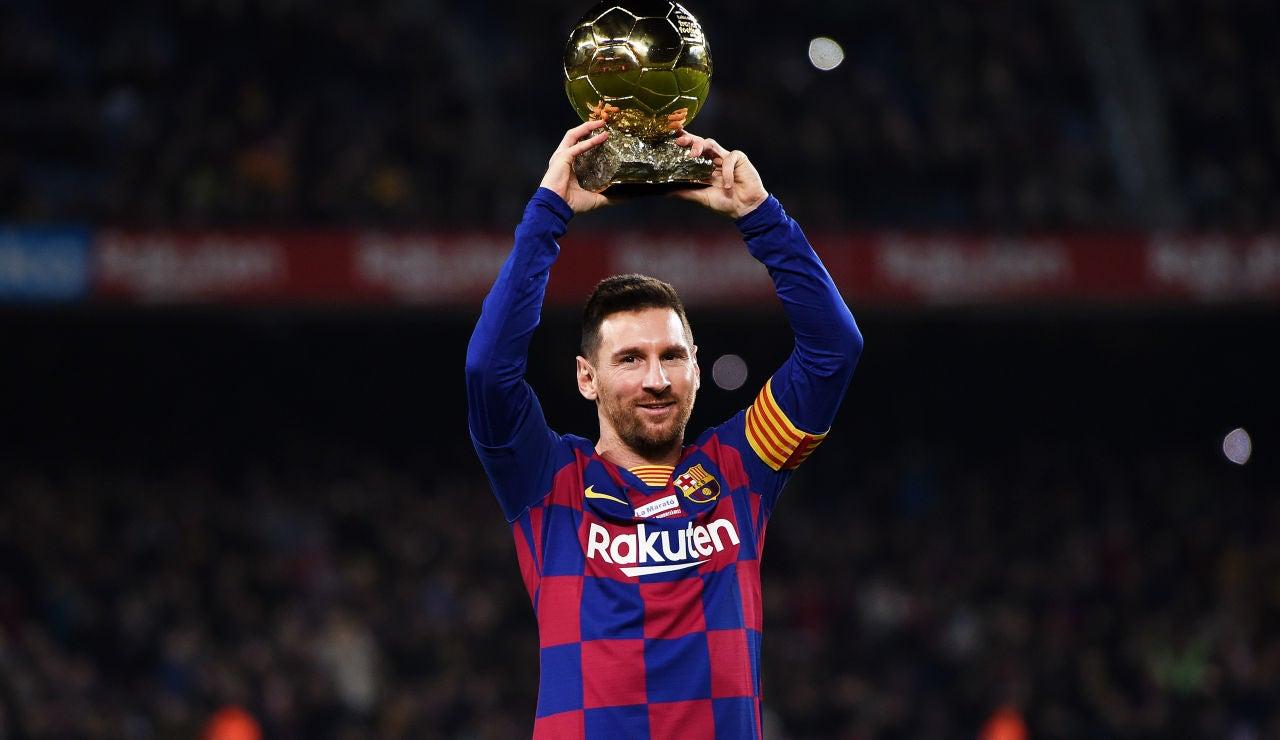 Messi levanta su sexto Balón de Oro