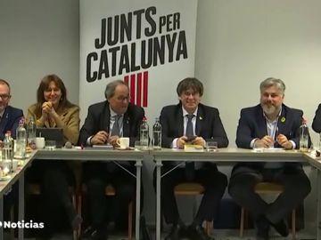 REEMPLAZO Puigdemont y Torra presiden este lunes una reunión de JxCat en Bruselas