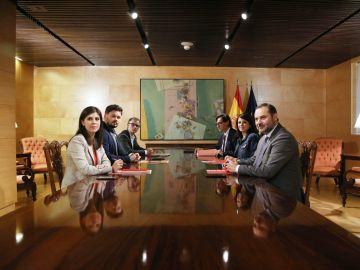 Imagen de archivo de una reunión entre ERC y PSOE