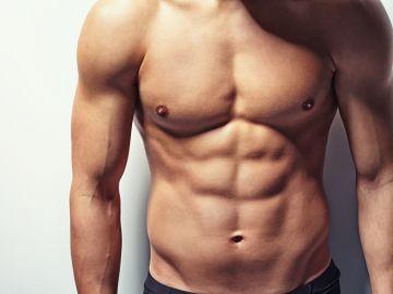 Torso masculino desnudo