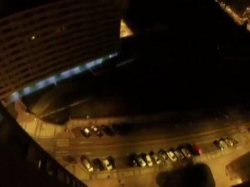 Un paracaidista salta desde un edificio de 15 metros en Burgos