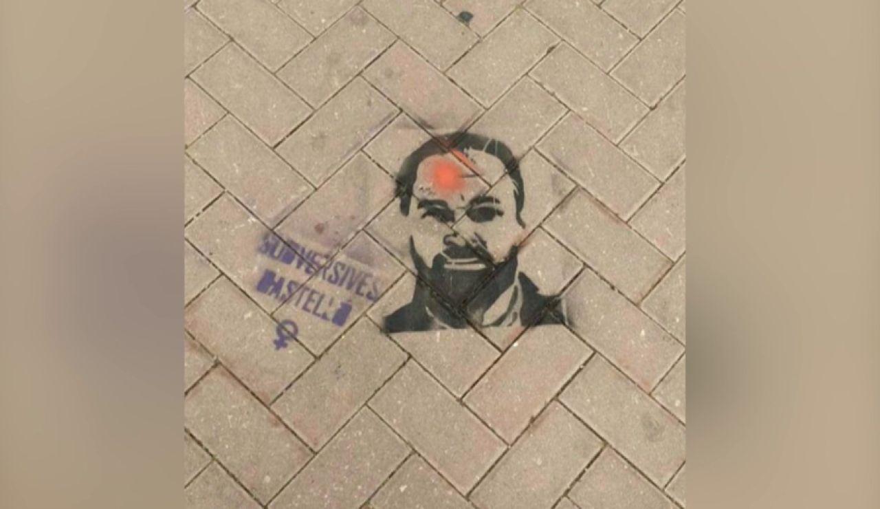 Pintadas amenazantes contra Abascal de un colectivo feminista