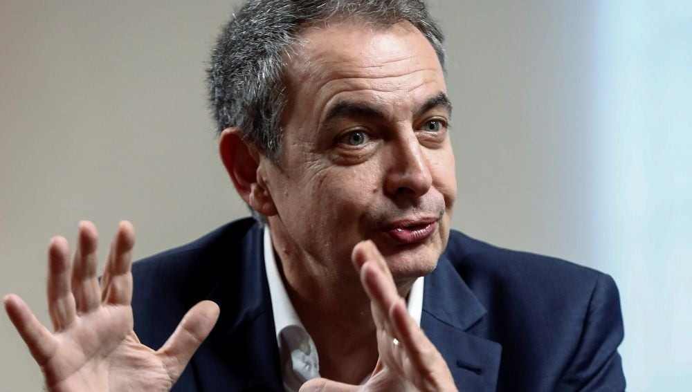 """Zapatero quiere Gobierno """"cuanto antes"""" y con la composición que """"conocemos""""."""