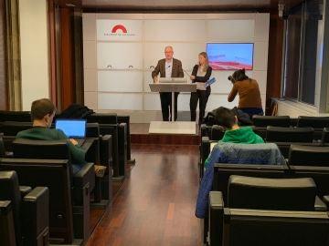 El Síndic de Greuges, Rafael Ribó, durante una rueda de prensa